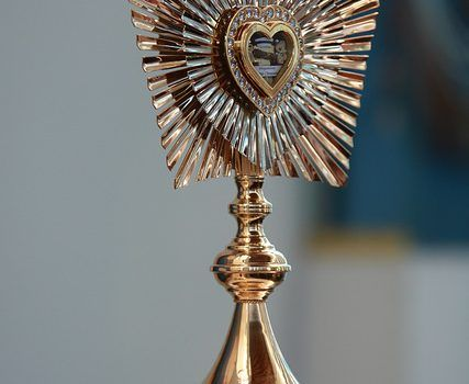 Portrait of beatification and reliquary